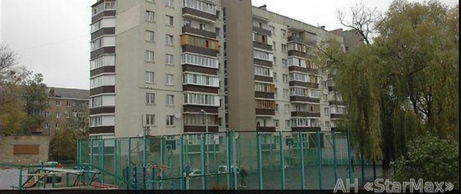 Продам квартиру Киев, Межевая ул. 2