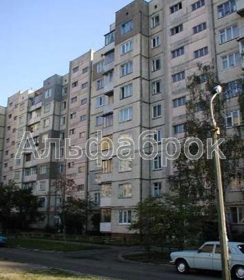 Продам офис в многоквартирном доме Киев, Героев Днепра ул.