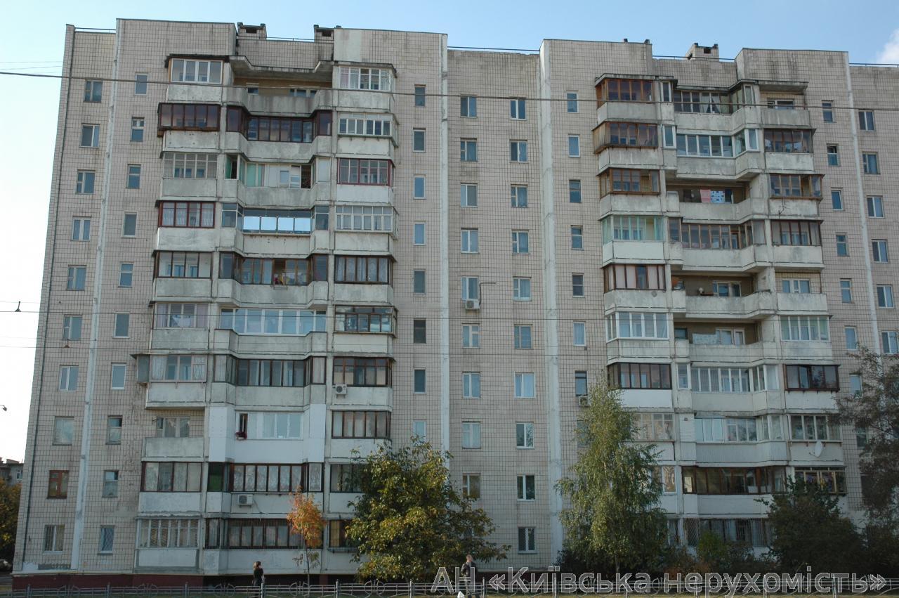Фото 5 - Продам квартиру Киев, Автозаводская ул.