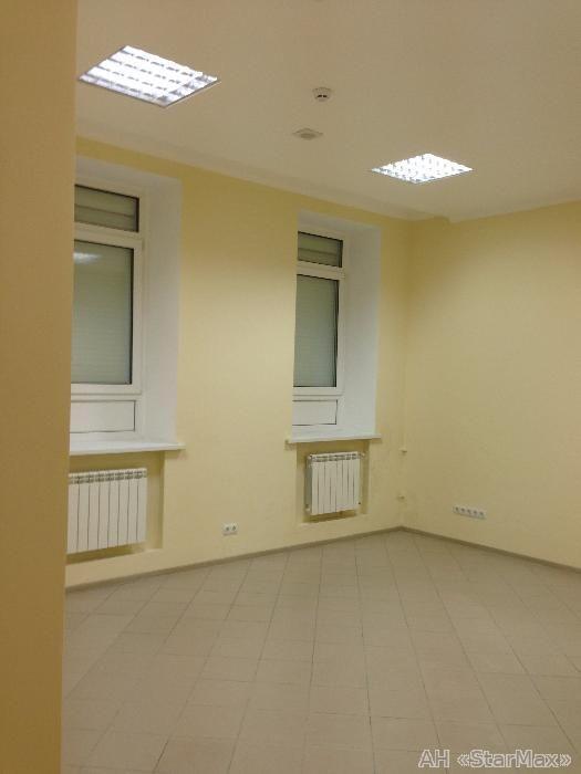 Продам офисное помещение Киев, Якира ул. 4