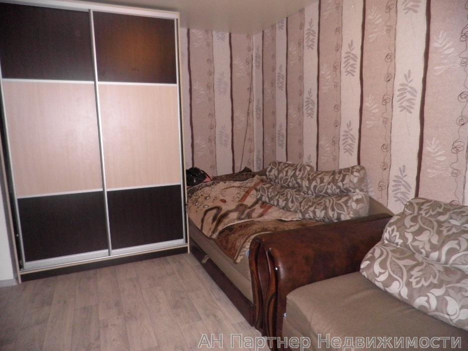 Продам гостинку Киев, Здолбуновская ул.