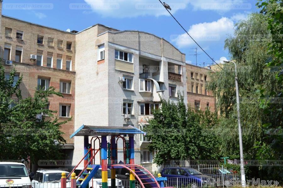 Фото 3 - Продам квартиру Киев, Еленовская ул.