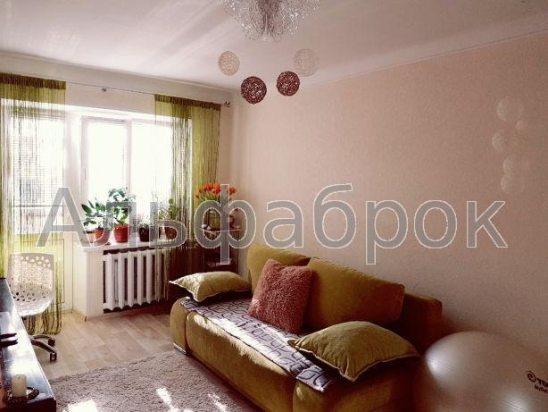 Продам квартиру Киев, Тешебаева ул.