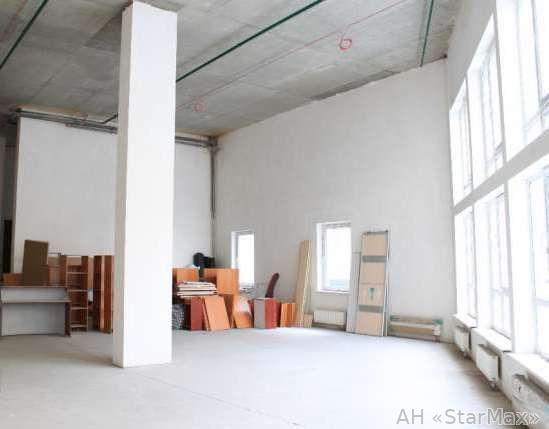 Продам офис в многоквартирном доме Киев, Саксаганского ул. 2
