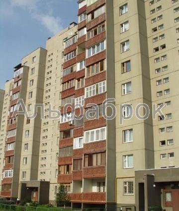 Продам квартиру Киев, Перова бул. 2