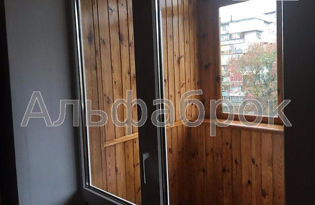 Продам квартиру Киев, Курчатова Академика ул. 5