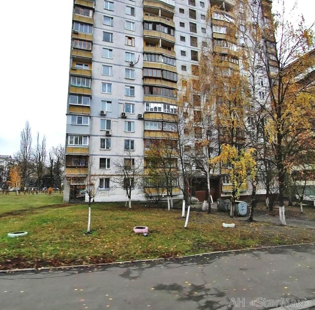 Фото - Продам квартиру Киев, Мельникова ул.