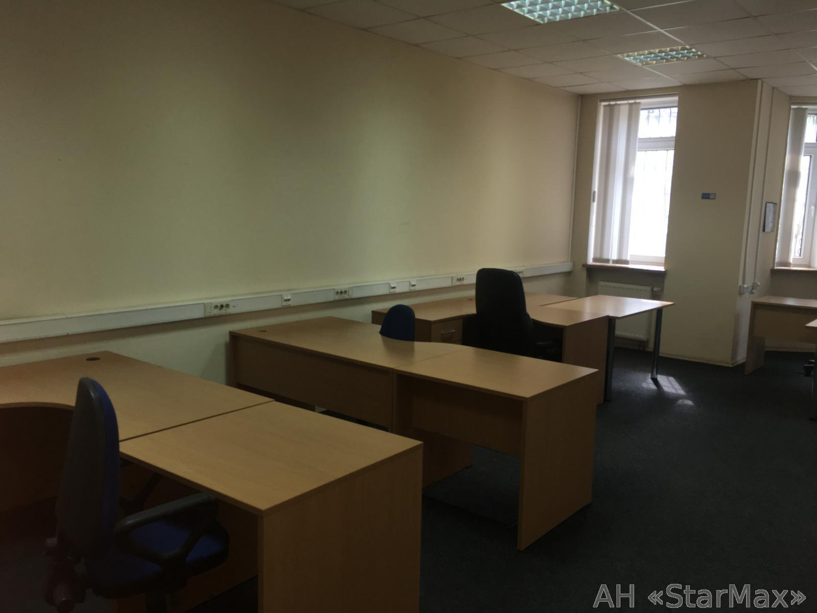 Сдам офис в многоквартирном доме Киев, Кудрявская ул. 4