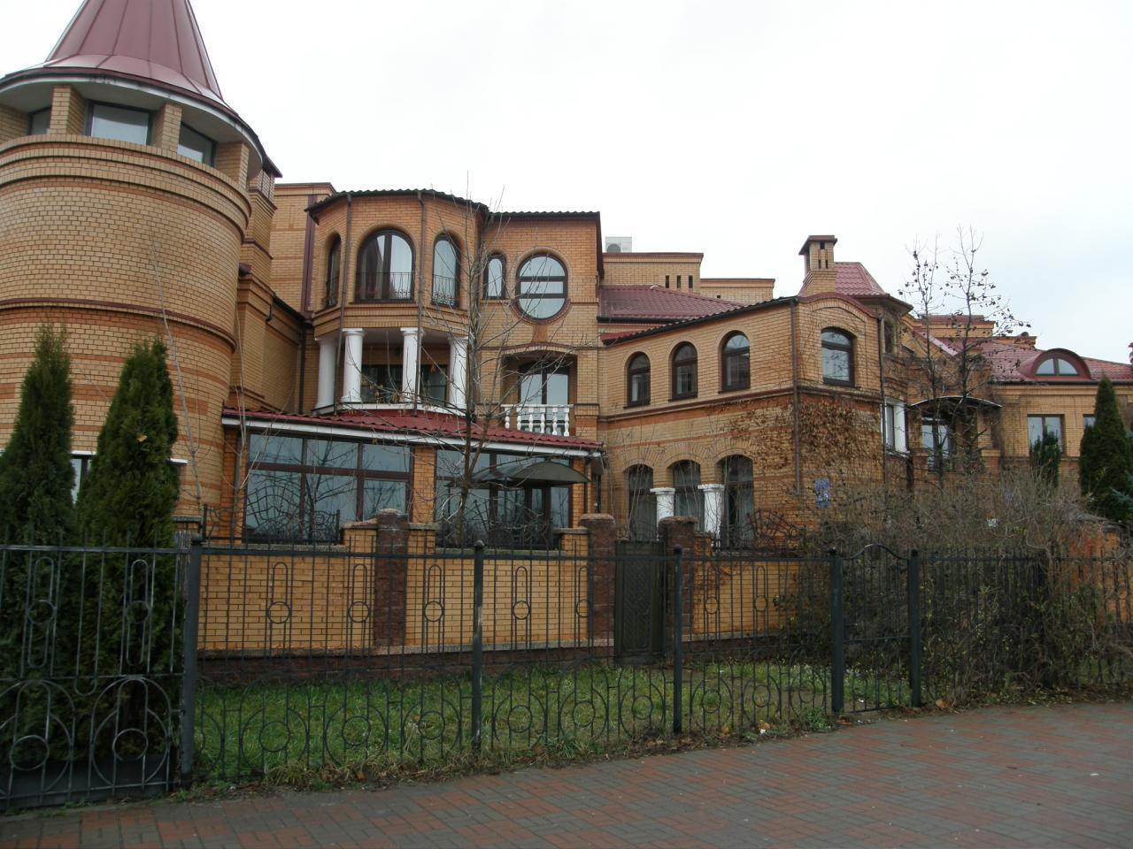 Продам особняк Киев, Оболонская набережная ул. 4