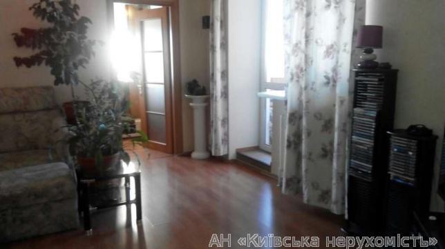 Продам квартиру Киев, Кадетский Гай ул. 2