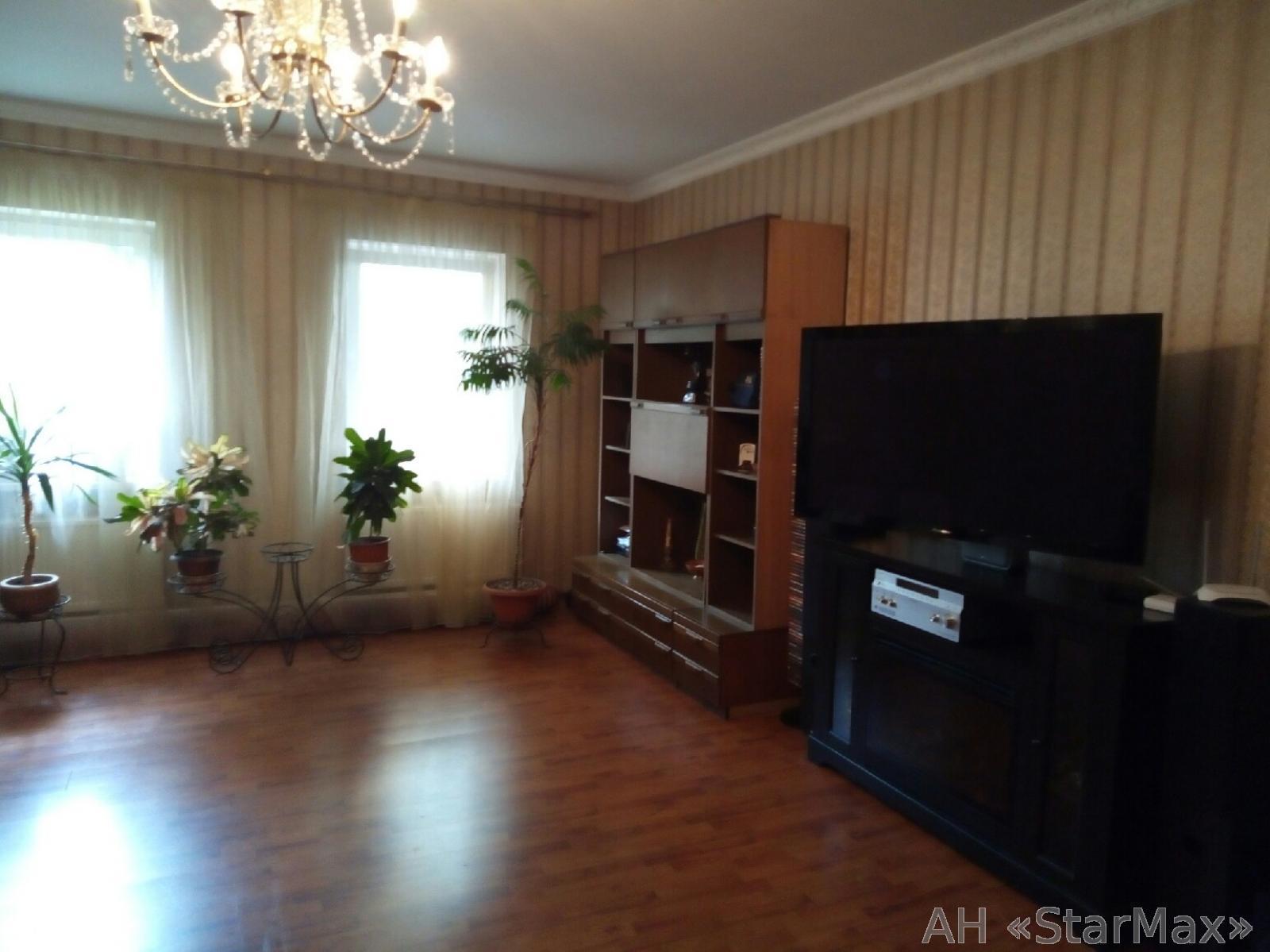 Продам дом Киев, Зенитная ул. 4