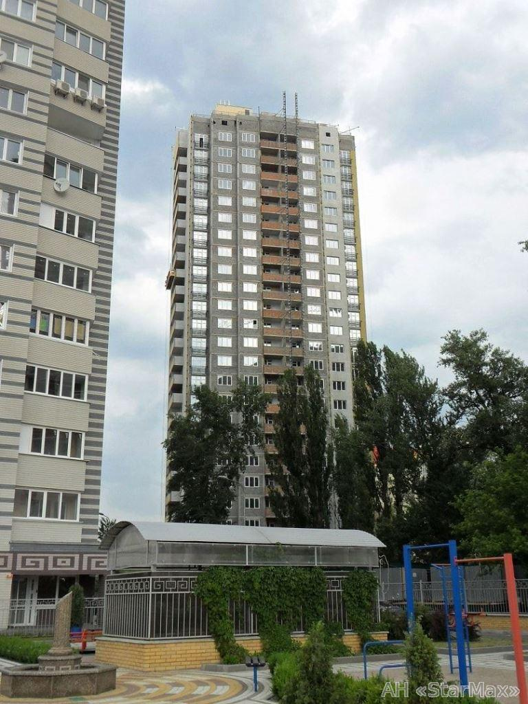 Фото - Продам квартиру Киев, Панельная ул.