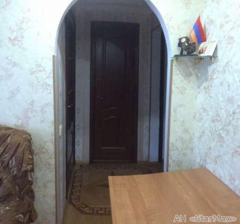 Продам квартиру Киев, Кирилловская ул. 5