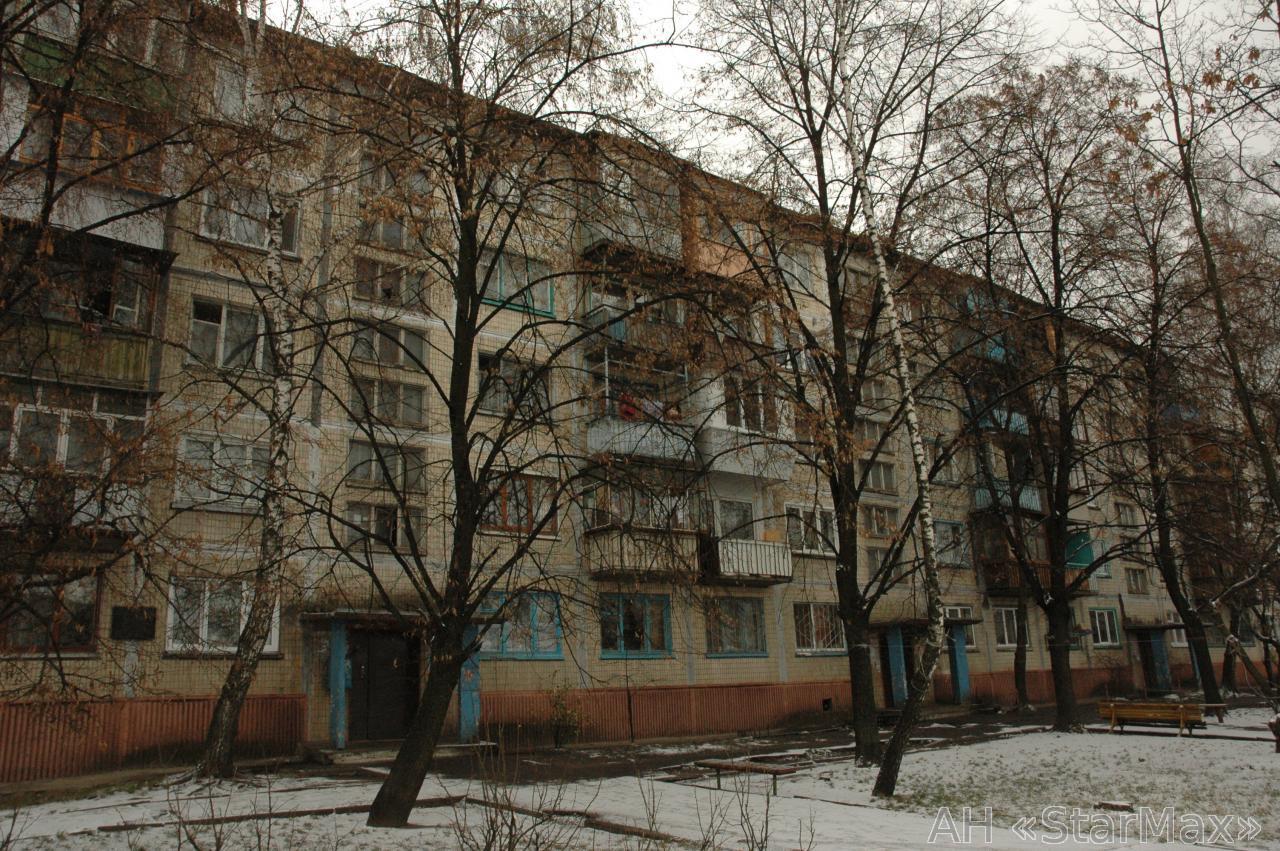 Продам квартиру Киев, Карбышева Генерала ул. 5