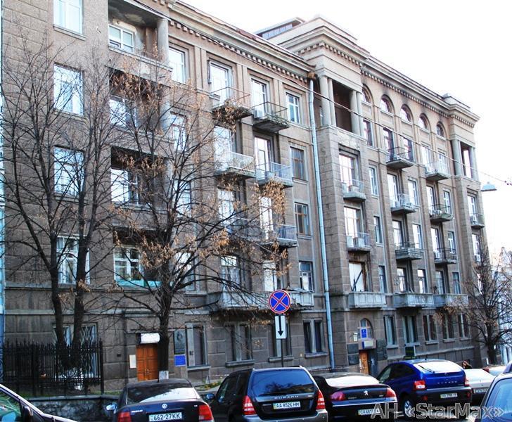 Продам квартиру Киев, Коцюбинского Михаила ул.