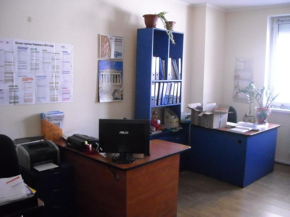 Продам офис в многоквартирном доме Киев, Окипной Раисы ул. 4