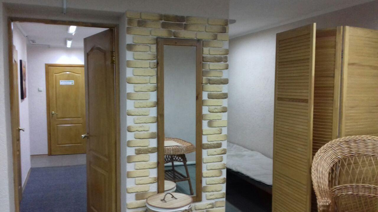 Продам офис в многоквартирном доме Харьков, Алексеевская ул.
