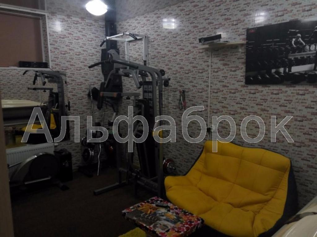 Продам офисное помещение Киев, Метрологическая ул.