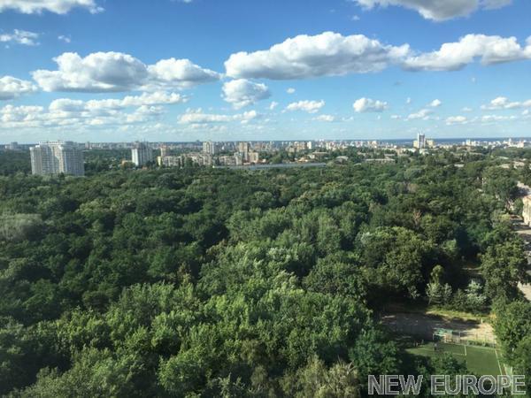 Продам квартиру Киев, Парково-Сырецкая ул. 2