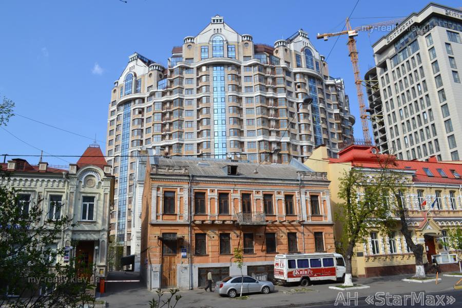 Фото 5 - Продам квартиру Киев, Хмельницкого Богдана ул.