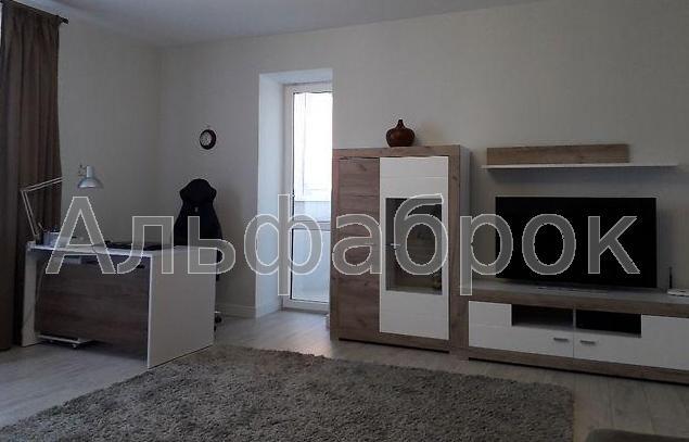 Продам квартиру Киев, Бориспольская ул.