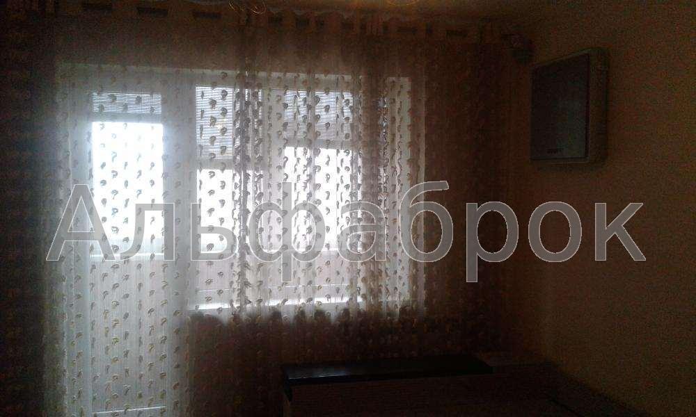Продам квартиру Киев, Челябинская ул. 2