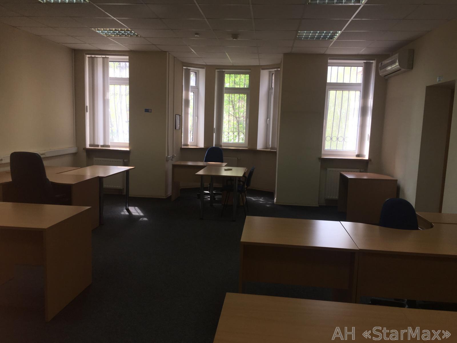 Сдам офис в многоквартирном доме Киев, Кудрявская ул. 5