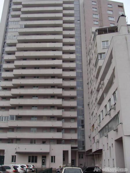 Продам квартиру Киев, Ямская ул. 2