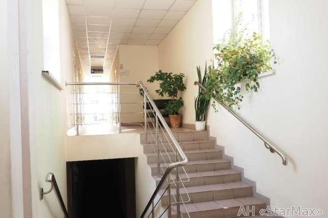 Продам офисное здание Киев, Гарматная ул. 2