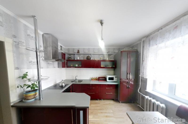 Продам квартиру Киев, Ломоносова ул. 4