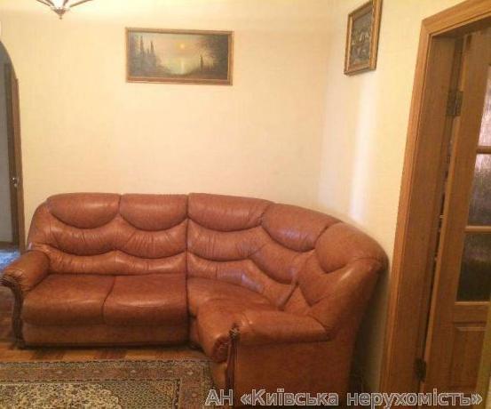 Фото 2 - Продам квартиру Киев, Ирпенская ул.