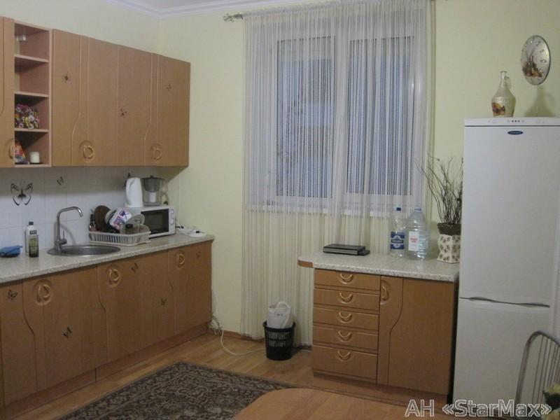 Продам дом Киев, Озерная ул. 5