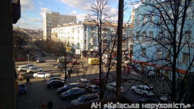 Продам квартиру Киев, Большая Васильковская ул. 2
