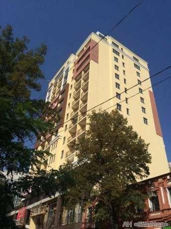 Продам квартиру Киев, Гоголевская ул. 5