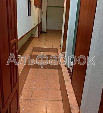 Продам офисное помещение Киев, Юрковская ул.