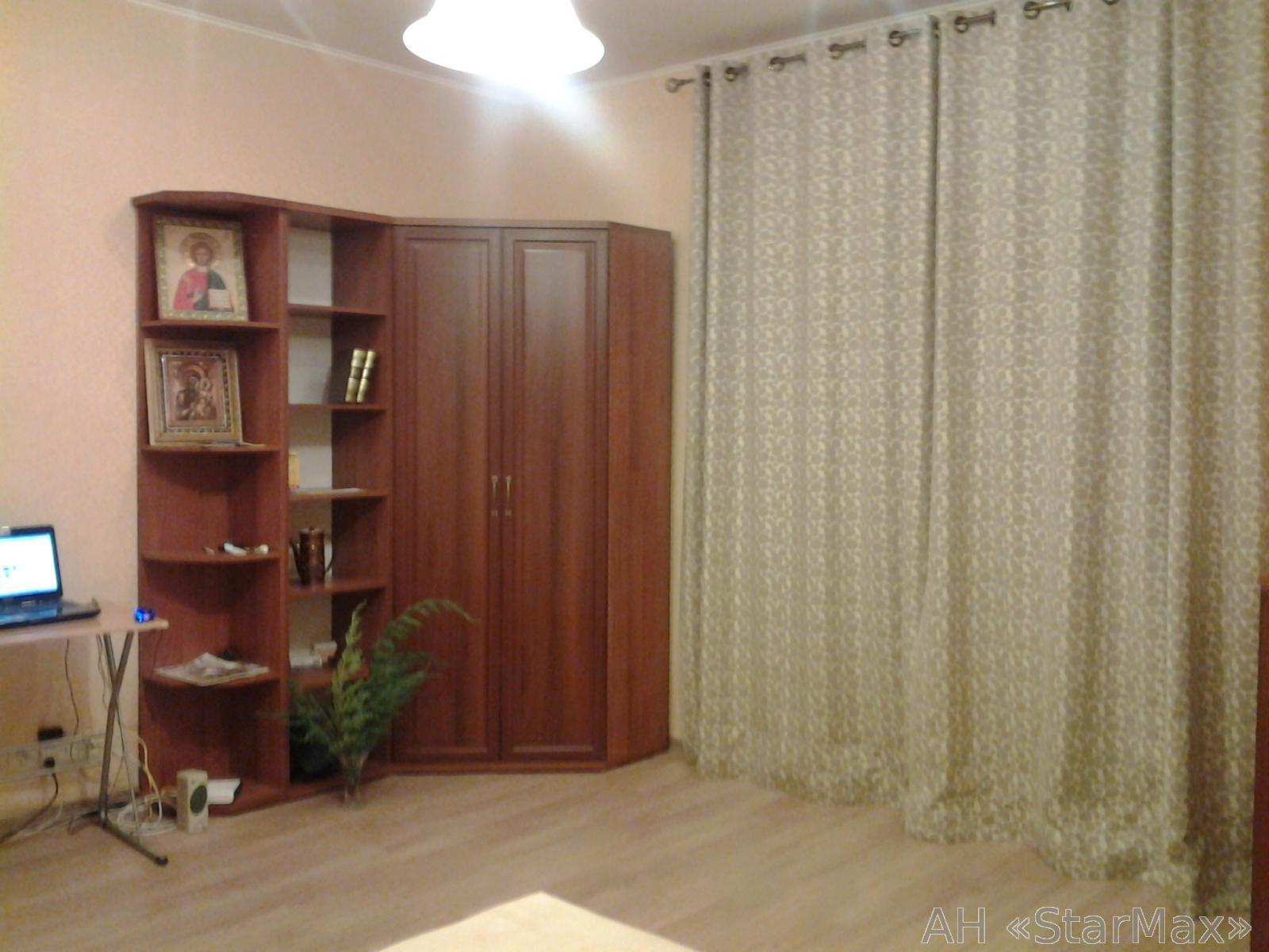 Продам квартиру Киев, Никольско-Ботаническая ул.