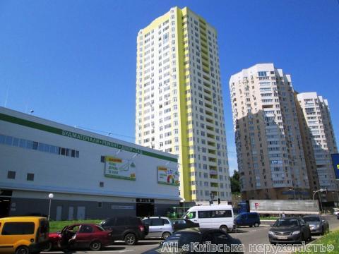 Фото - Продам квартиру Киев, Саперно-Слободская ул.