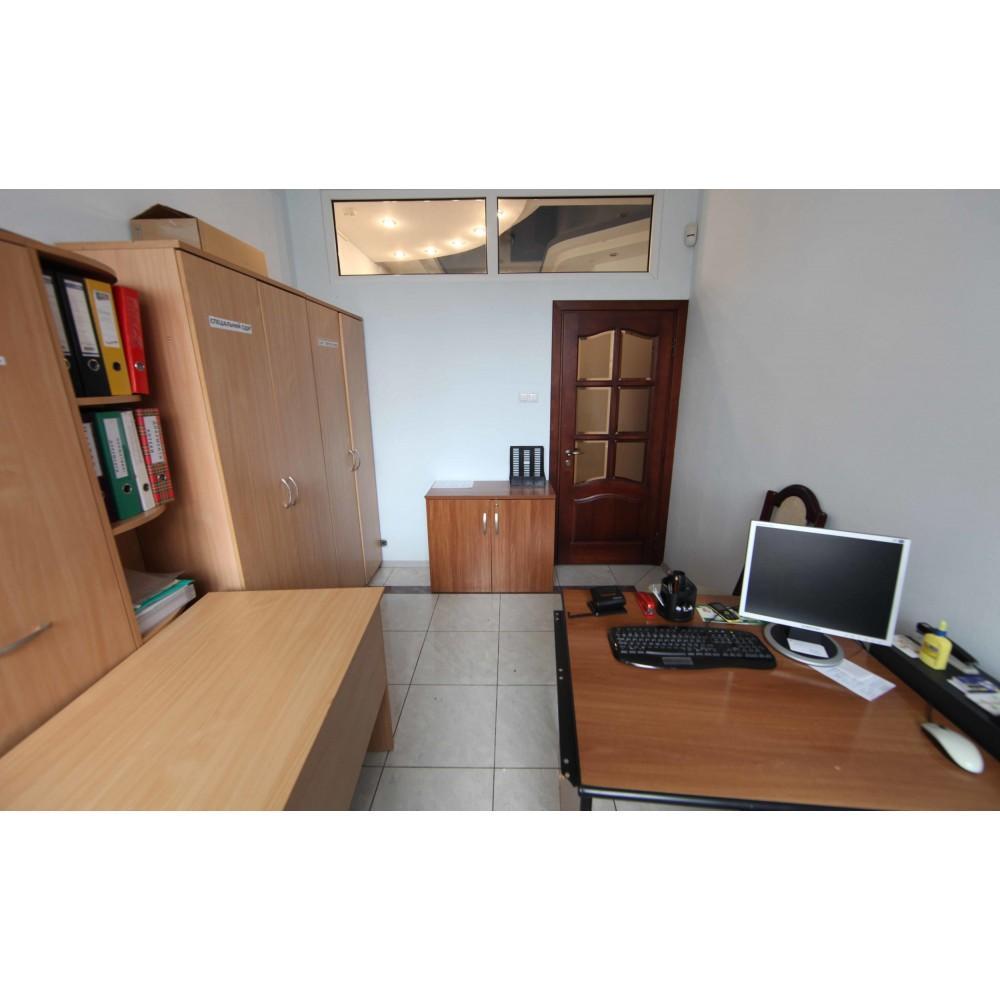 Продам офисное помещение Киев, Дегтяревская ул. 4