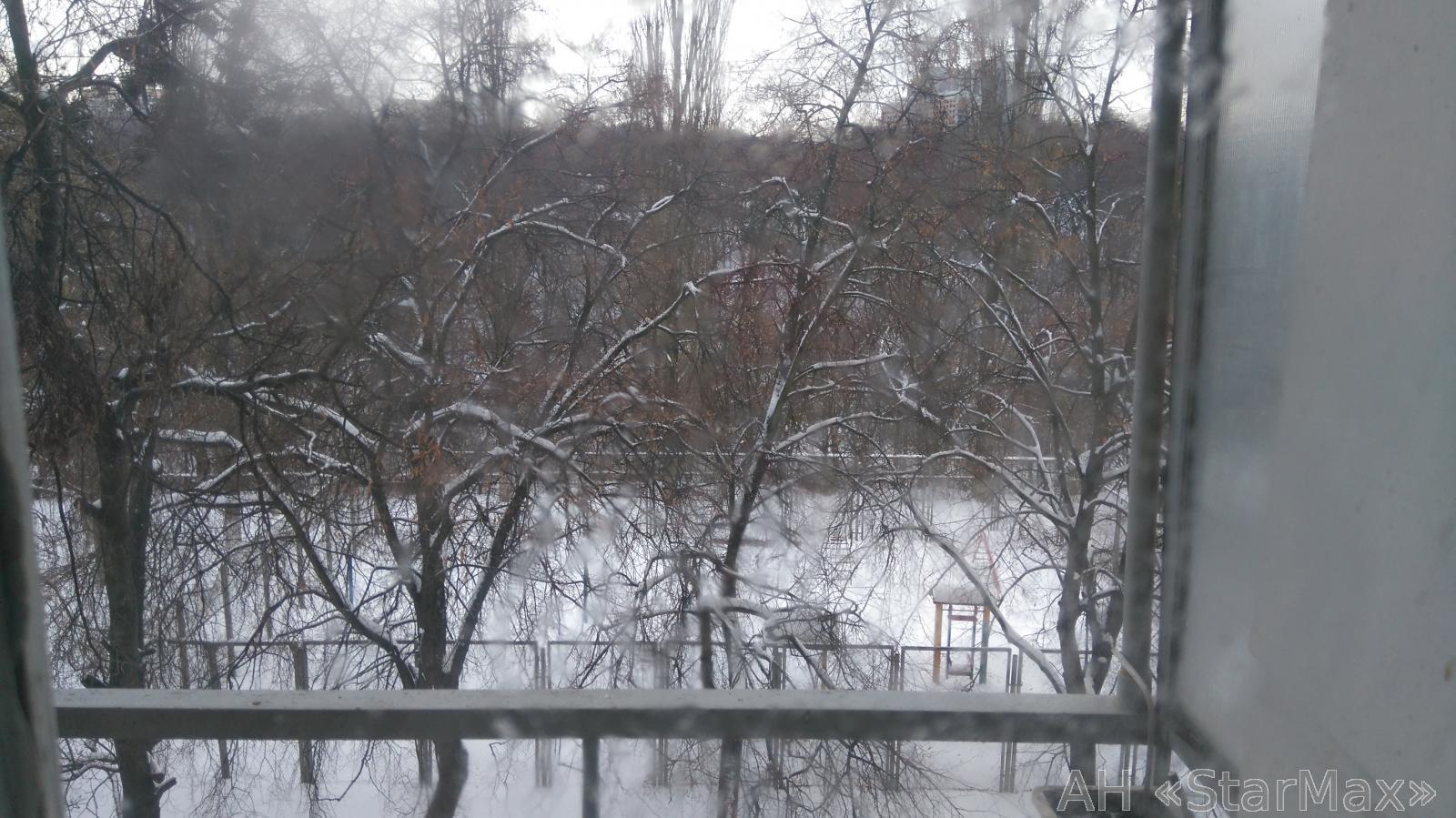 Продам квартиру Киев, Уссурийская ул. 4