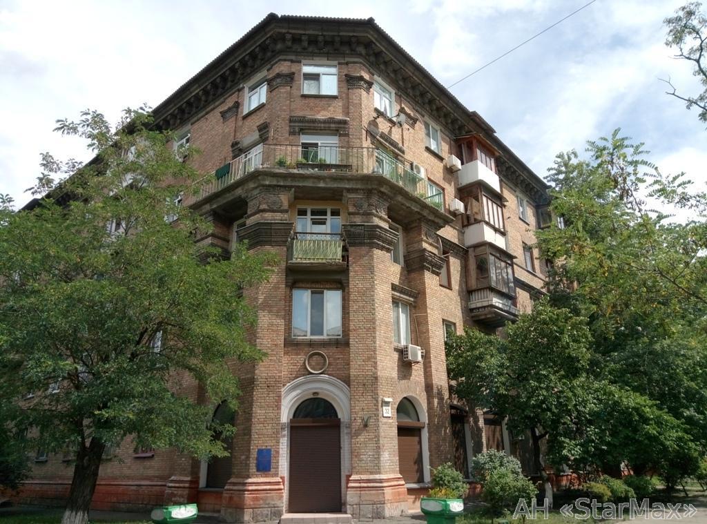 Продам квартиру Киев, Симферопольская ул.