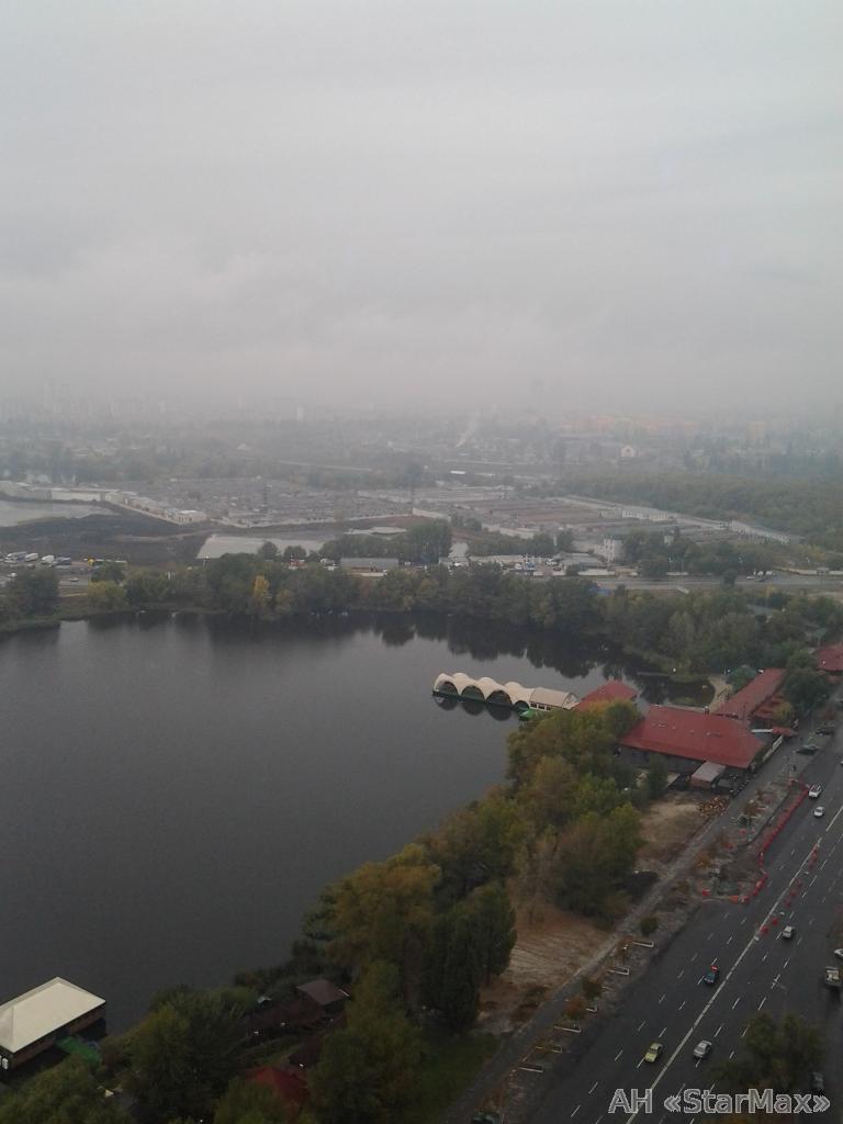 Фото - Продам квартиру Киев, Ревуцкого ул.