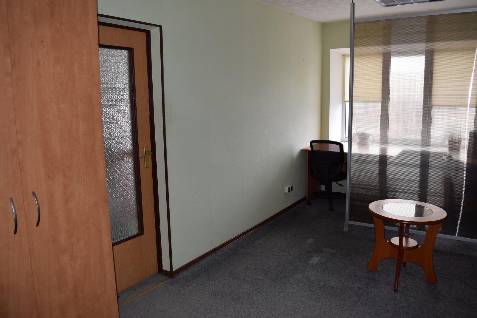 Сдам офисное здание Киев, Мельникова ул.