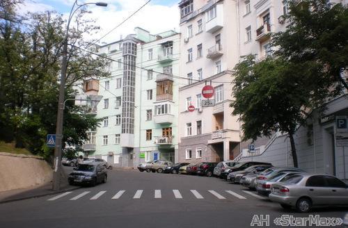 Продам квартиру Киев, Лютеранская ул. 5
