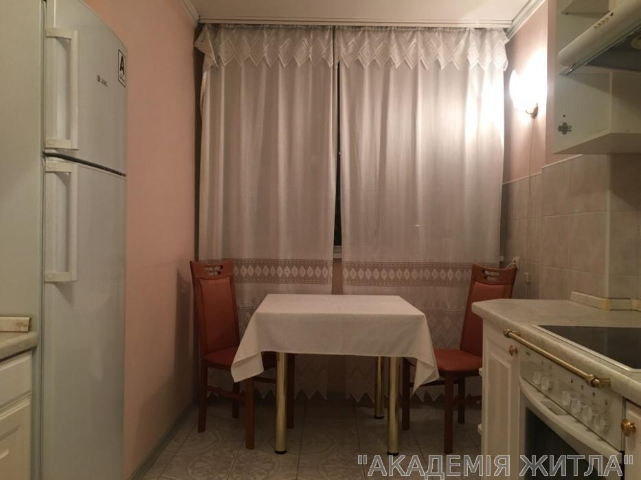 Сдам квартиру Киев, Героев Сталинграда пр-т