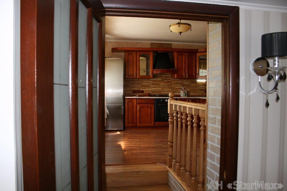 Продам дом Киев, Богатырская ул. 4