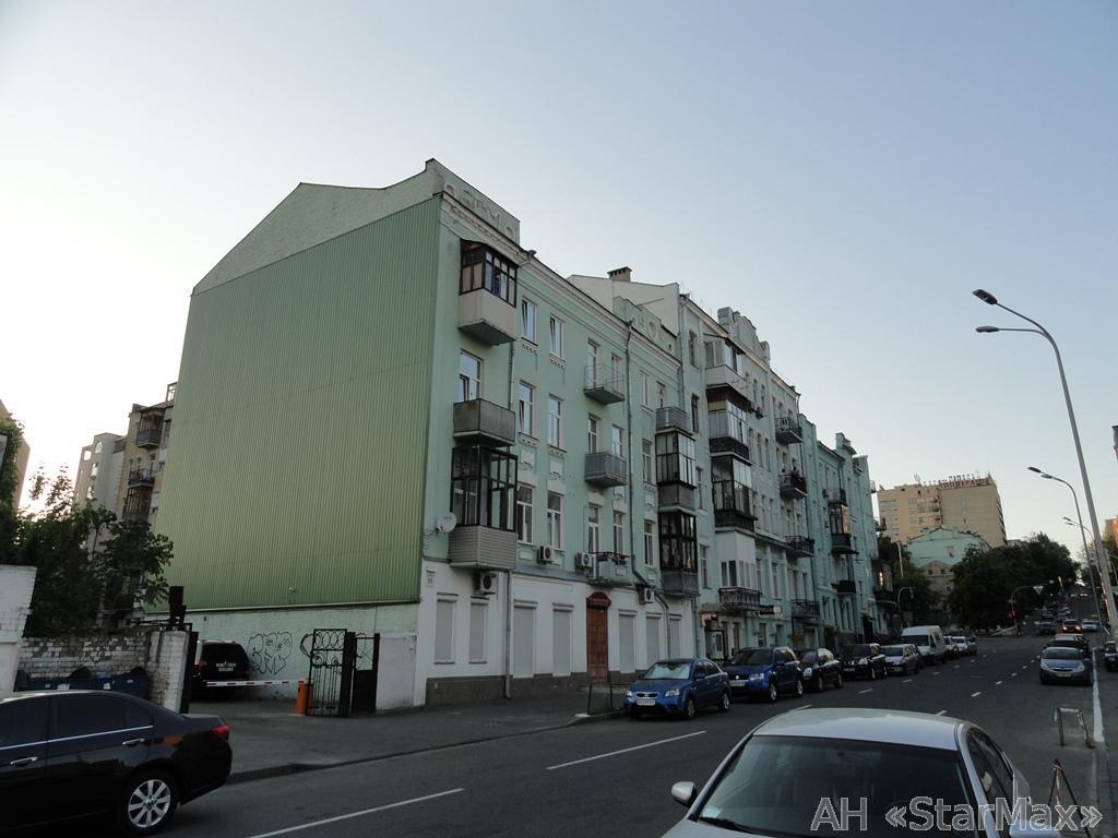 Продам квартиру Киев, Владимирская ул. 2