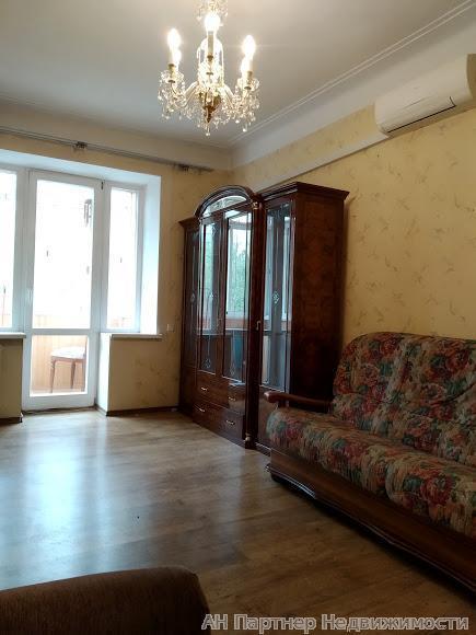 Сдам квартиру Киев, Белорусская ул. 2