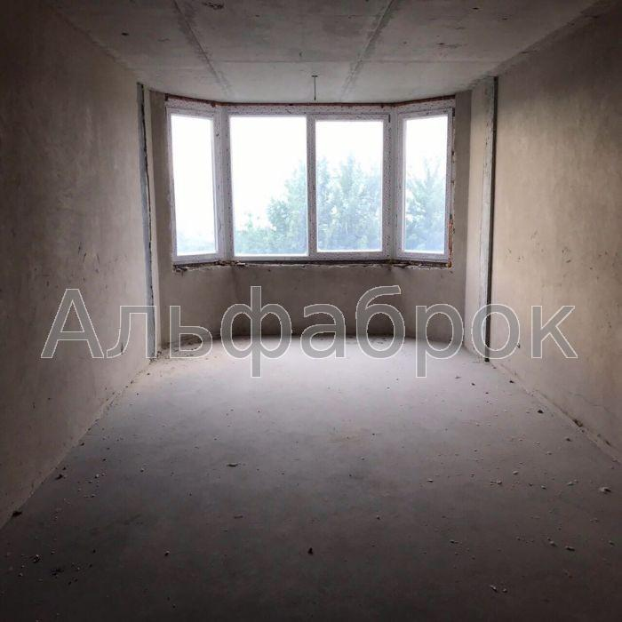 Продам квартиру Киев, Коцюбинского ул.