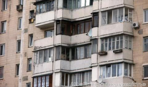 Продам квартиру Киев, Полярная ул. 2
