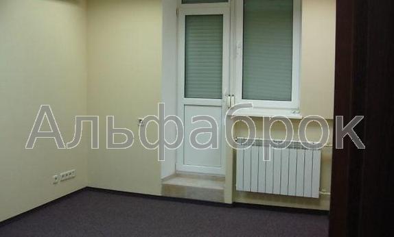 Продам офисное помещение Киев, Московская ул.